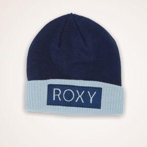 Roxy Beanie Snow Navy Baby Blue NWT Varma Hat Warm